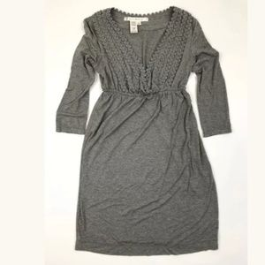 Max Studio Solid Gray Stretch Knit V Neck Long